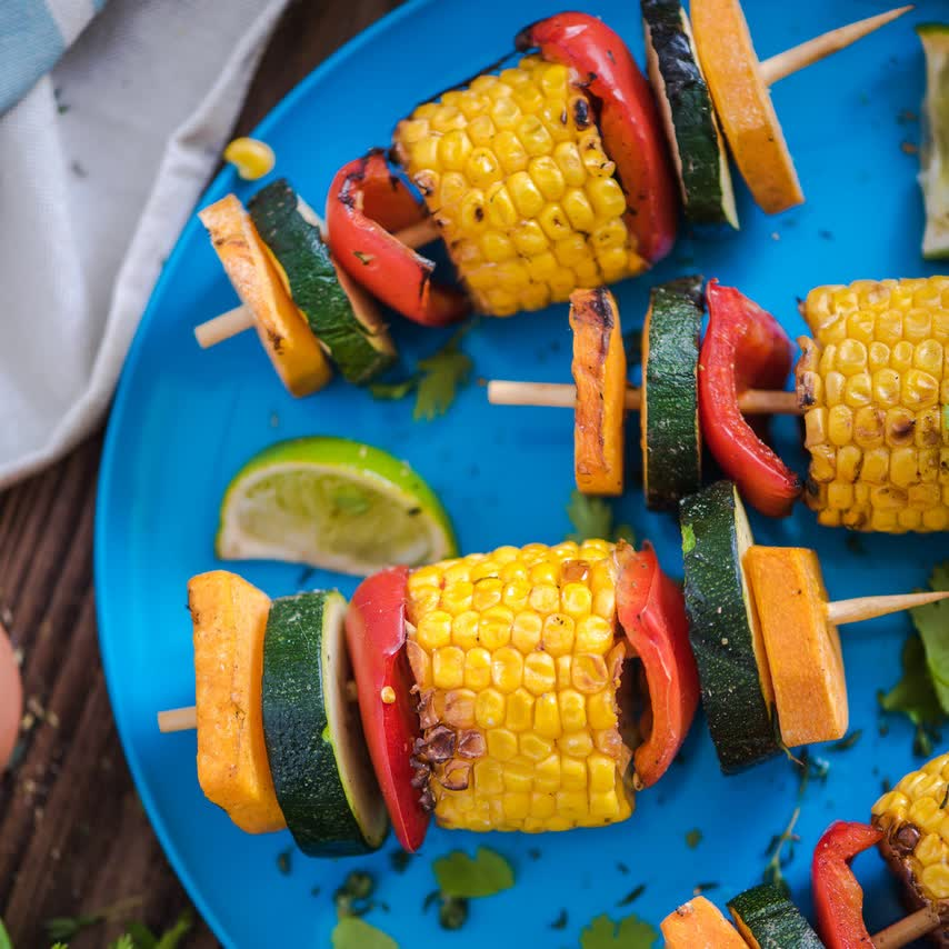 Vegetable skewers meal