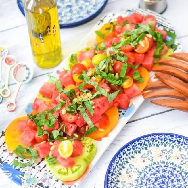 https://www.juliesinner.com/heirloom-tomato-basil-watermelon-salad/